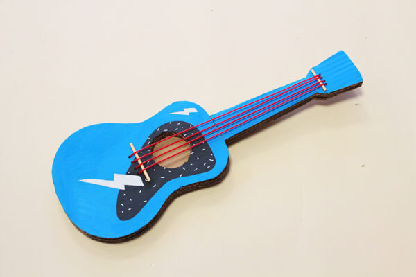 Mini chitarra per bambini