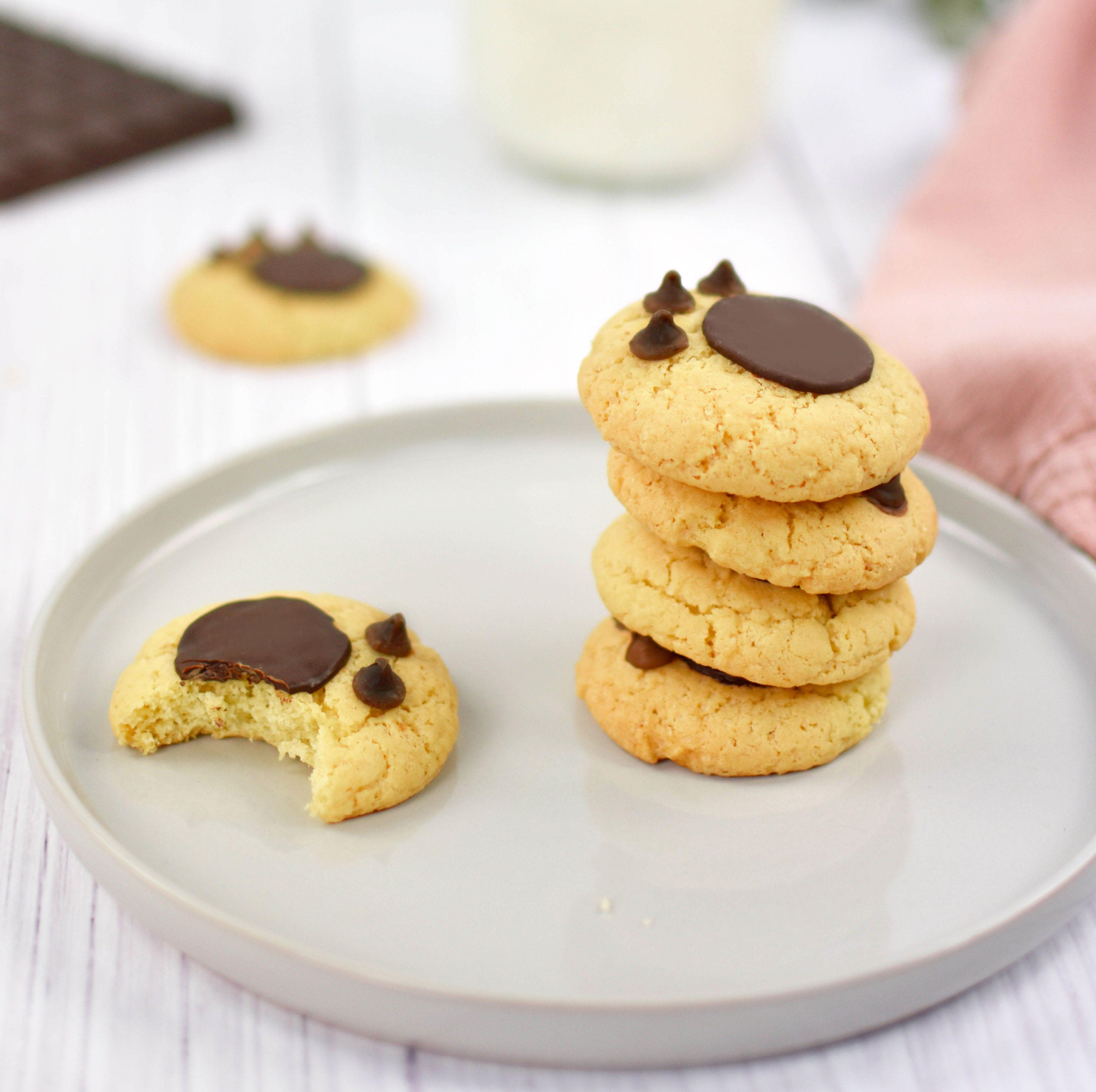 Chi ha lasciato quelle impronte sui biscotti?