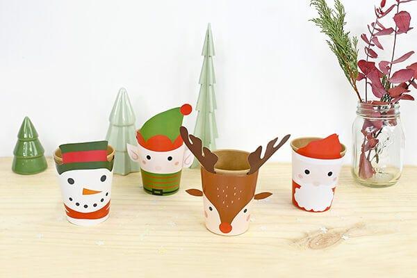 Realizzate facilmente dei bicchieri dai colori natalizi per i vostri pranzi in famiglia.
